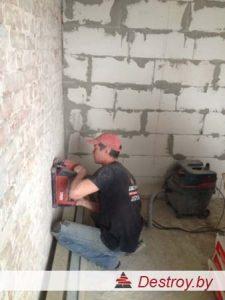 штробление стен под трубы в Дестрой